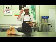 Joseba Arguiñano nos enseña a preparar rosquillas de la amama - YouTube Cake Pops, Youtube, Ideas, Sweet Recipes, Breakfast, Cookies, Crack Cake, Pastries, Fairy Cakes
