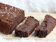 Chocolate fondant without butter with applesauce: very easy to make, ultra melting, and very very chocolatey. A cake without guilt! Chocolate Fondant, Chocolate Desserts, Brownie Fondant, Chocolate Chips, Fondant Cakes, Fondant Toppers, Cookie Decorating, Sweet Recipes, Butter