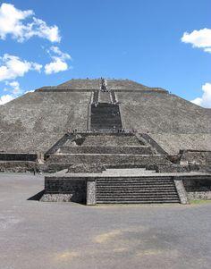 Piramida Słońca/ Pyramid of the Sun - Teotihuacan - Meksyk / Mexico