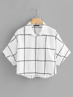 Casual Plaid Shirt Regular Fit Collar Half Sleeve Roll Up Sleeve Black and White Regular Length Rolled Sleeve Dip Hem Grid Shirt Crop Top Outfits, Cute Casual Outfits, Stylish Outfits, Casual Shirts, Girls Fashion Clothes, Teen Fashion Outfits, Girl Outfits, Jugend Mode Outfits, Summer Work Outfits