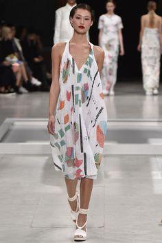 Chalayan . Paris Fashion Week . Primavera 2016