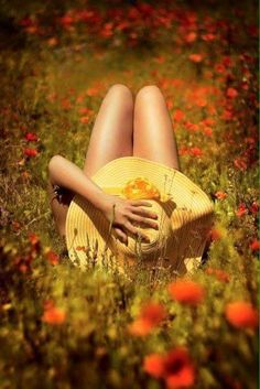 """fleshandblonde: """" Poppy field sunbathing """" the season is over… and I missed it Summer Dream, Summer Of Love, Life Is Beautiful, Beautiful Images, Beautiful Things, Field Of Dreams, Portraits, Jolie Photo, Boudoir Photos"""