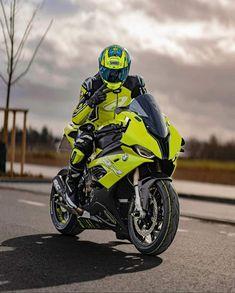 Gp Moto, Moto Bike, Yamaha Bikes, Yamaha R1, Moto Wallpapers, Cb 1000, Motorcross Bike, Custom Street Bikes, Motorcycle Wallpaper