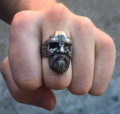 An amazing gift from one of the best craftsmen in the world @metro_metro! I love the Odin ring! Thank you very much it is much appreciated! Follow @metro_metro by Viking Merch