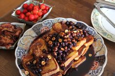 A damn hot Summer's day in Arashiyama and French toast with Blueberries...