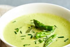I often give this simple and super-satisfying soup to my patients if they need to lose a quick 5 pounds by the weekend.  The diuretic aspect of the asparagus helps to drain excess water.