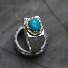 Gemstone silver ring - handcrafted in signet style.  Single oval turquoise gemstone, and engraved pattern on sides.    #handmade #ring #navajo