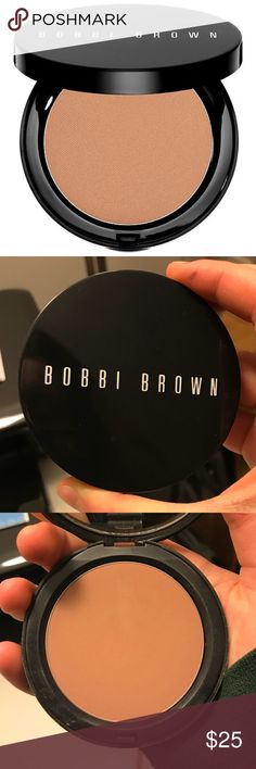 Bobbi Brown Bronzer (Medium) AUTHENTIC AND ONLY USED MAYBE ONCE OR TWICE *the latch that closes the compact is broken and doesn't close the last centimeter Bobbi Brown Makeup Bronzer