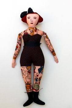 8-26-tattoo lady 1 - 1