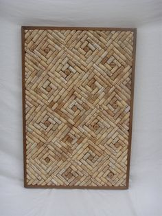 To make your won cork board ideas is easy. In this article, you can make diy cork board for your home and corkboard for your home office Wine Craft, Wine Cork Crafts, Wine Bottle Crafts, Wine Cork Art, Wine Cork Boards, Wine Cork Frame, Diy Cork Board, Home Crafts, Diy Crafts