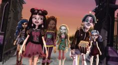Ever After High, Draculaura, Personajes Monster High, Cute Icons, Work Inspiration, Pink Aesthetic, Beautiful Dolls, Art Reference, The Dreamers