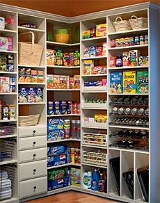 Unreal organized pantry!!