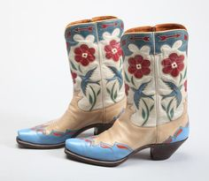 Mid-1930s Olsen-Stelzer Cowboy boots worn by Gene Autry, from the Autry's collection.