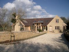 approach to new cotswold barn house build home cotswold