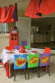 boy's superhero birthday party table www.spaceshipsandlaserbeams.com