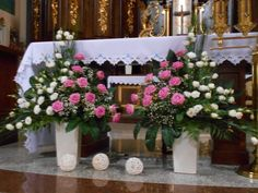 Church altar flowers flower arrangements marvelous for pics ideas and spring trend purple weddings la tropical Altar Flowers, Church Flower Arrangements, Church Flowers, Big Flowers, Floral Arrangements, Church Altar Decorations, Wedding Decorations, Wedding Altars, Wedding Gifts For Couples