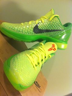 "Nike Zoom Kobe 6 ""Grinch"""