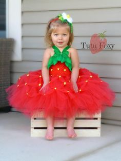 Tutus and Tutu Dresses by TutuFoxy on Etsy Fruit Costumes, Baby Costumes, Fairy Halloween Costumes, Halloween Kostüm, Tutus For Girls, Diy For Girls, Watermelon Costume, Baby Strawberry Costume, Ice Cream Costume