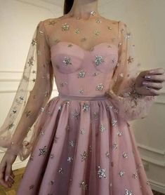 Buy Cute Long Sleeve Tulle Above Knee Homecoming Dresses with Stars, Short Dresses in uk.Rock one of the season's hottest looks in a burgundy homecoming dress or choose a timeless classic little black dress. Long Sleeve Homecoming Dresses, Short Dresses, Prom Dresses, Formal Dresses, Dress Prom, Sparkly Dresses, Spring Dresses, Casual Dresses, Pretty Dresses