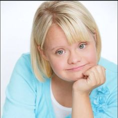Lauren Elizabeth (born May is an American actress, best known for her role as Becky Jackson on the television show Glee. Lauren Potter, Beautiful Children, Beautiful People, Down Syndrome Kids, Glee, American Actress, Jackson, It Cast, Poses