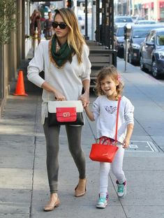 Jessica Alba and her daughter Haven.  So cute