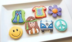 1960's cookies-crazy detail.  But smiley face would be easy, flower?,peace sign?