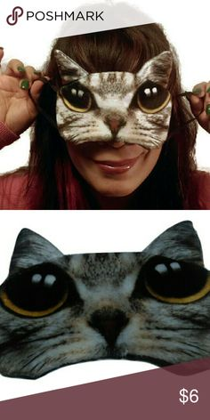 """Eye sleep mask 3D cat pattern Material: Flannel Pattern: Cat & Dog Thickness: Thick Softness: Soft Size?17*12cm/6.69*4.72""""?adjustable? Weight: 50 g 1inch=2.54cm Pls allow 1-3cm error by hand measurement.  Package includes: 1pcs Sleep Masks  Please refrain from opening a case  or leaving negative feedback if any issues please contact me first.  Your  satisfaction with your purchase is my priority Makeup"""