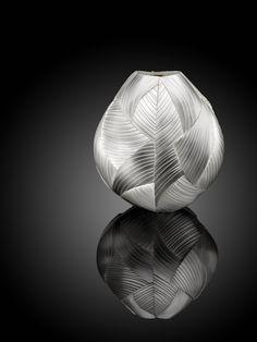 Kevin Grey   Chiral Vase   Kevin Grey