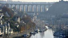 Morlaix, France. http://www.ouest-france.fr/sites/default/files/styles/image-640x360/public/2013/12/20/samedi-20-h-30.les-150-ans-du-viaduc-de-morlaix-en-lum...