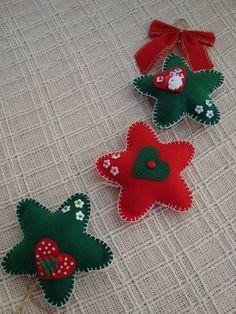 estrellas de fieltro,  pineada por www.estrellasdeweb.blogspot.com