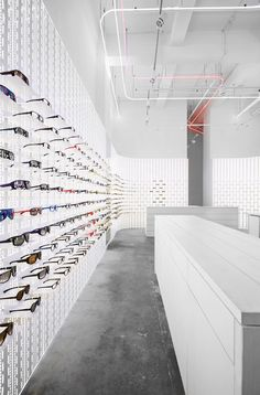 MYKITA - ABOUT / SHOP CONCEPT