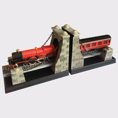 Hogwarts Express Bookends   The Harry Potter Shop at Platform 9 3/4
