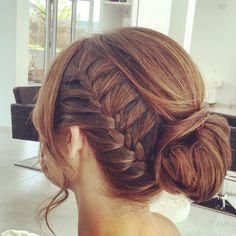 VIERNES!! Ya estais preparados para el finde? En #imperfectsalon lo cojemos con muchas ganas!  #sitges #beauty #braids #hair #lovemyjob