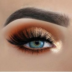 Remove Mascara from Eyes lashes? Mascara is very important thing in doing makeup . Mascara enhance the beauty our eyes lashes. Hazel Eye Makeup, Blue Eye Makeup, Eye Makeup Tips, Smokey Eye Makeup, Makeup Goals, Makeup Inspo, Beauty Makeup, Makeup Ideas, Eyeshadow For Blue Eyes