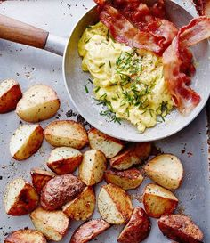 I can smell the weekend! Can you? Kick it off w/ Roasted Potatoes & Soft Scrambled Eggs  #Bacon by @whatsgabycookin! Get the #recipe & 50 more Brunch At Home recipes from http://ift.tt/2pZYAqB (Brunch Feed edited by @butterlovescompany Link in profile) or if you ever want the recipe of a pic we've posted on this account go to http://ift.tt/2cd3udQ. Remember to share your cooking baking and drink making pics and videos by tagging #feedfeed @thefeedfeed for a chance to be featured here and on…