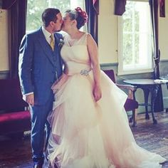 This bride, who knew that white wasn't the only color: | 26 Curvy Brides Who Nailed The Wedding Dress Game