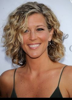 Carly from GH - love the curly short hair!