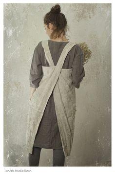 LINEN PINAFORE APRON. cross over apron. от KnockKnockLinen