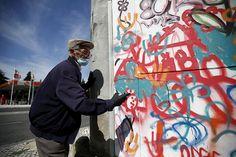 Awesome Elderly Street Artists Destroy Age Stereotypes In Portugal #gramdpa #grandma #oldschool #graffiti #street #urban #art