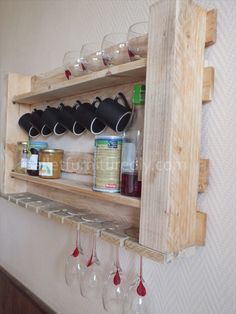 Pallet Kitchen Shelves for Storage - easy way to organize your kitchen with a couple piece of pallets!