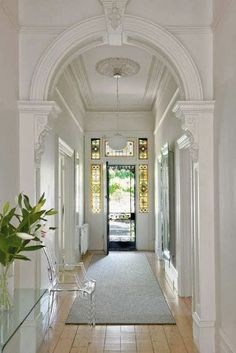 entrance halls in 2019 victorian hallway, Style At Home, Edwardian Haus, Victorian Hallway, Victorian Front Doors, Home Modern, Entry Hallway, White Hallway, White Walls, Bright Hallway