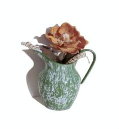 Vintage pitcher for toilet enameled metal '50s by IdeeRetro, €32.50