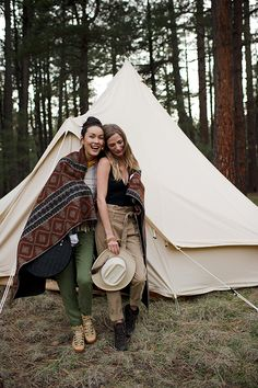 Into the Woods: Glamping in Northern Arizona // Left: Plaid fringe sweater by Chloé, available at ByGeorge, Austin. Pants by Anthropologie. Bandana by The Hill-Side, available at Stag Provisions. Bag by Rachel Comey, available at Kick Pleat. Blanket by Woolrich. Right: Bodysuit by Apiece Apart, available at Kick Pleat. Trousers by Frame, available at ByGeorge, Austin. Vintage hat, available at Feathers, Austin. Canvas bell tent by Stout Tent.