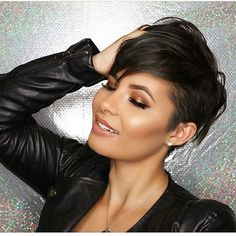 "5,619 Likes, 67 Comments - ShortHair DontCare  PixieCut (@nothingbutpixies) on Instagram: ""wow@vthemakeupartist #fiidnt"""
