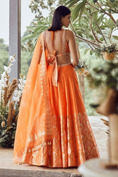 Indian Wedding Gowns, Indian Gowns Dresses, Indian Bridal Fashion, Luxury Wedding Dress, Bridal Dresses, Indian Designer Outfits, Indian Outfits, Indian Clothes, Cotton Lehenga