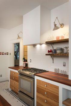 Ginsu Knife Set Kitchen Eclectic With Knife Slots Knife Storage Open  Shelves Sipo Mahogany Vintage Kitchen Wall Sconce. Decoración De Cocina  ModernaCocinas ...