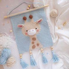 Crochet Wall Art, Crochet Wall Hangings, Tapestry Crochet, Crochet Home, Love Crochet, Crochet For Kids, Crochet Crafts, Crochet Dolls, Crochet Baby