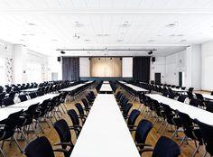 Møde & konference lokale #comwell #Korsør #lokale #møde #konference #faciliteter Ale, Conference Room, Furniture, Home Decor, Decoration Home, Room Decor, Ale Beer, Home Furnishings, Home Interior Design