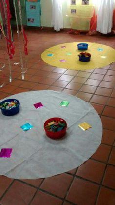 Reggio, Ideas Para, Montessori, Kids Rugs, Activities, Holiday Decor, Paper, Creative, Geometric Fashion