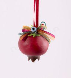 Ρόδια κρεμαστά γούρια με ματάκι | bombonieres.com.gr Christmas Crafts, Christmas Decorations, Xmas, Christmas Ornaments, Holiday Decor, Felt Flowers, Diy Flowers, Yalda Night, Lucky Charm